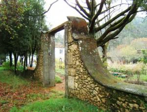 24 Portal de entrada al edificio principal